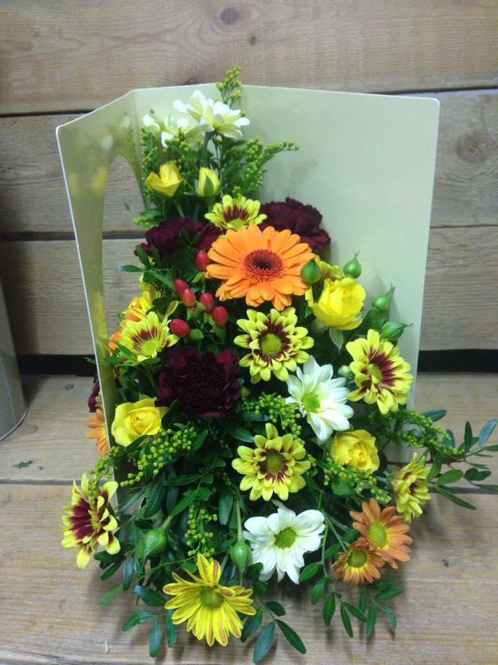 living card fresh flower arrangement  blossoms florist